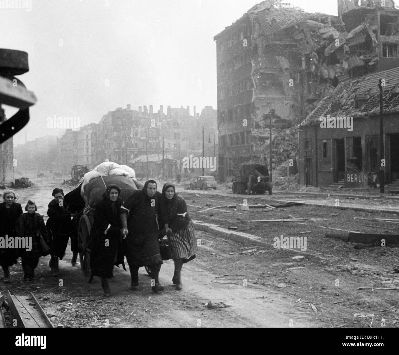 Peaceful residents in destroyed Berlin during the Great Patriotic War - Stock Image