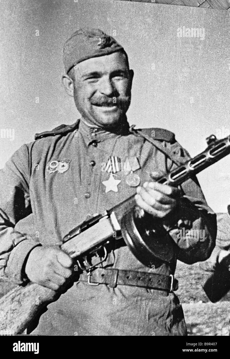 Soldier Ivan Sokolov with a Shpagin submachine gun The 1st Far Eastern Front - Stock Image