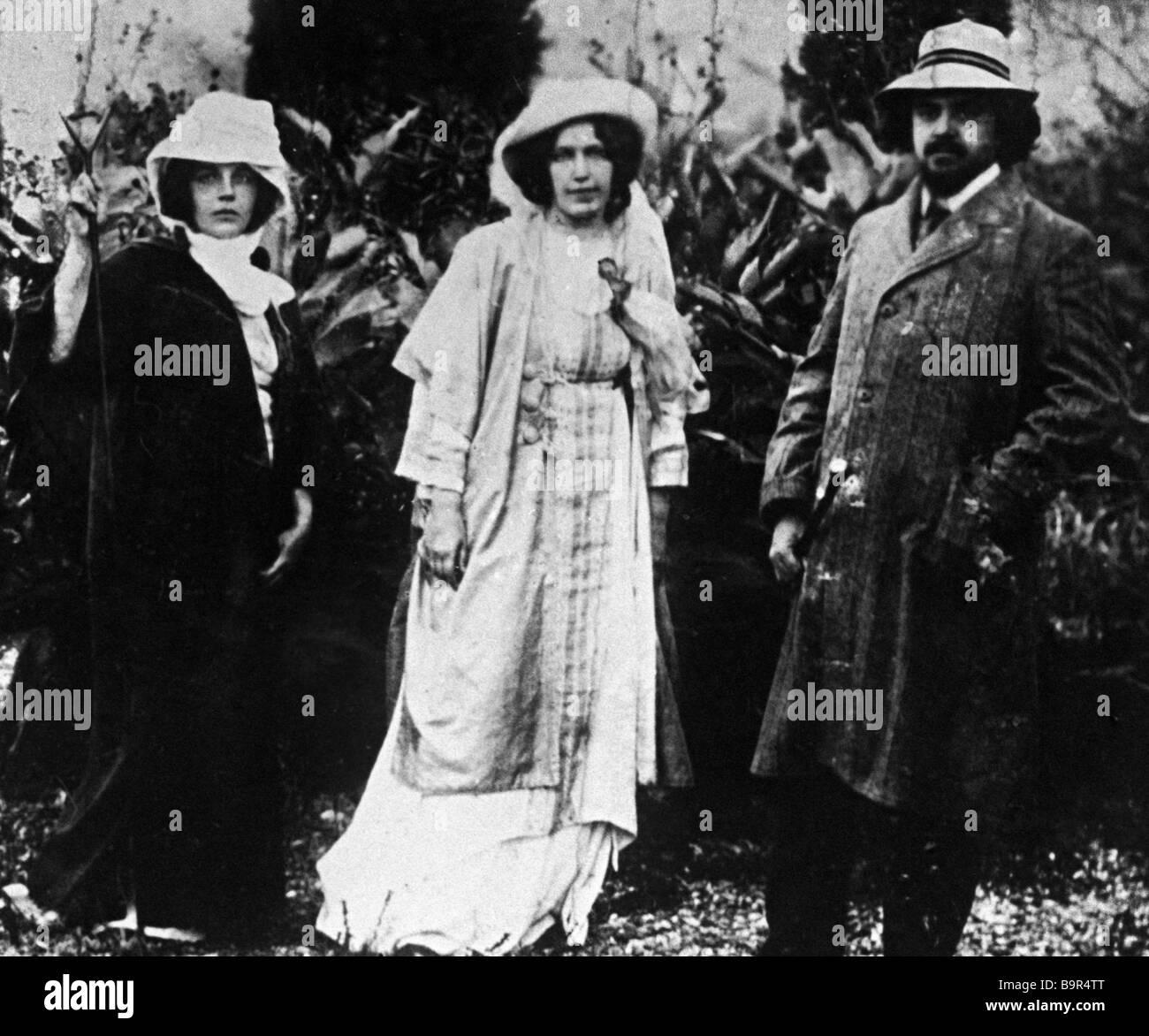 Russian bourgeois mystic philosopher Nikolai Berdyaev right his wife left and Adelaida Gertsyk Zhukovskaya center - Stock Image