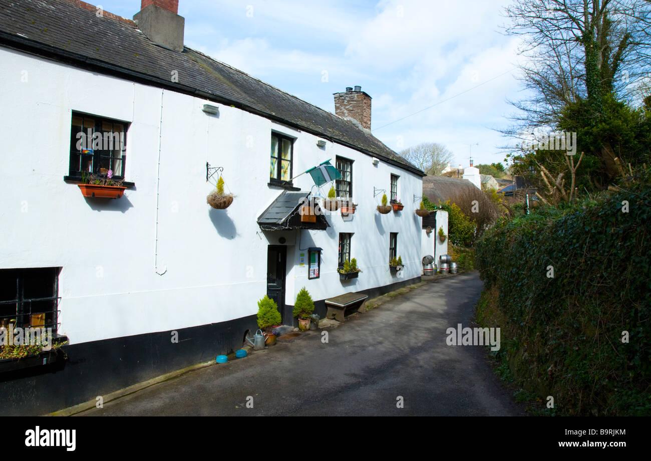 The 13th Century Journeys End Inn at Ringmore, Devon - Stock Image