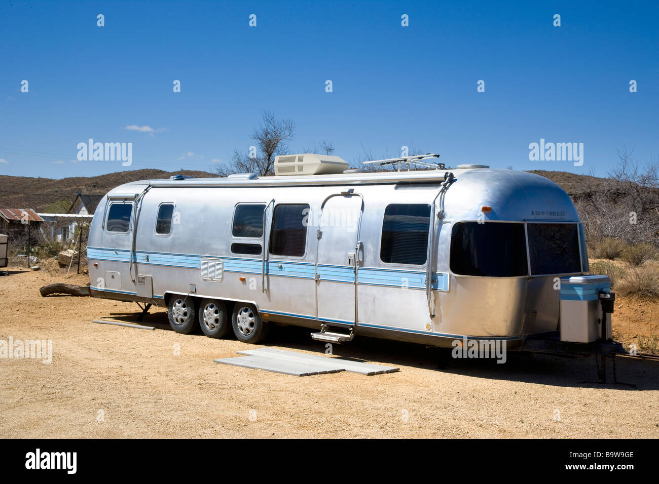 Buy And Sell Car Trailer