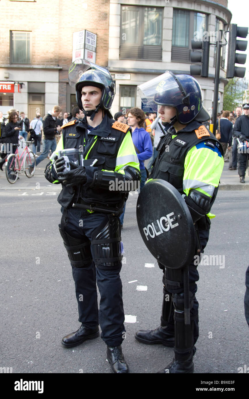 Metropolitan Police service Specialist Crime Directorate Surveillance Section officers recording G20 Protests City - Stock Image