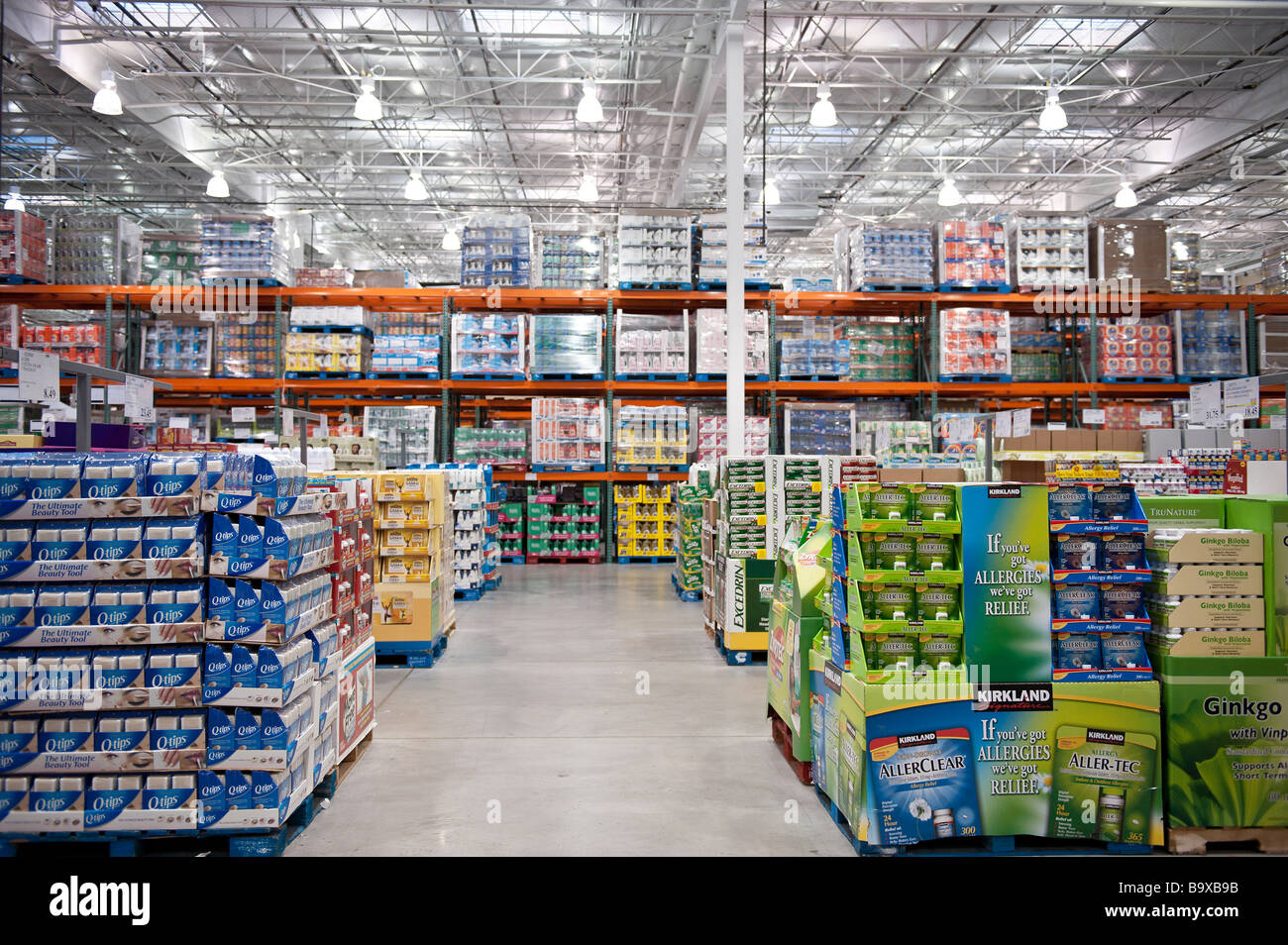 Costco wholesale shopping club stock photo 23321911 alamy costco wholesale shopping club thecheapjerseys Images