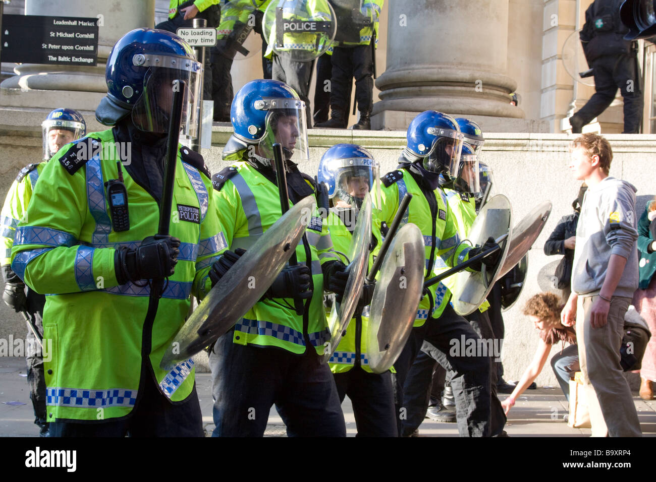 Riot Police at G20 summit protests - Cornhill Street - City of London - Stock Image