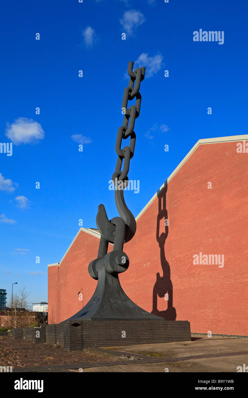 Skyhook sculpture by Brian Fell, marking the entrance to Trafford Park, Salford Quays, Manchester, Lancashire, England, - Stock Image
