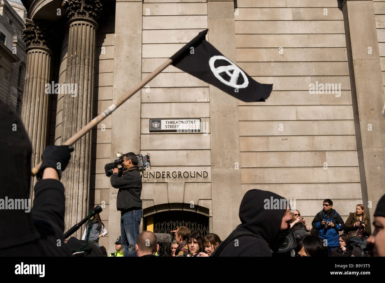 Demonstrators at the Bank of England protesting at the G20 summit in London. April 1st 2009 - Stock Image