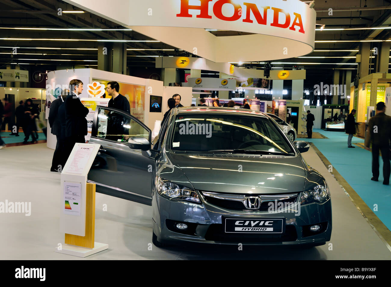 Paris France Businessmen Meeting Honda Car Company Sustainability Trade Show Salon Durable Civic Hybrid 2009
