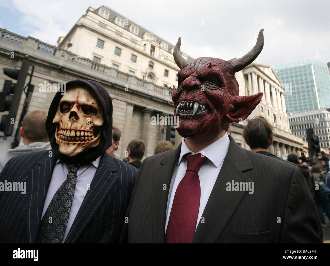 Anti-capitalist protesters outside the Bank of England, during the G20 summit, City of London, UK - Stock Image