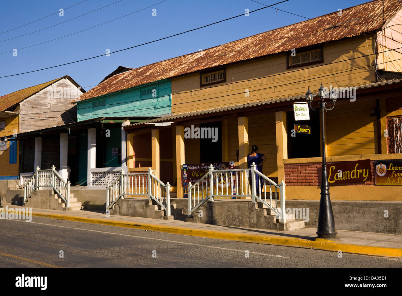 Storefronts Storefront Buildings Stock Photos & Storefronts ...