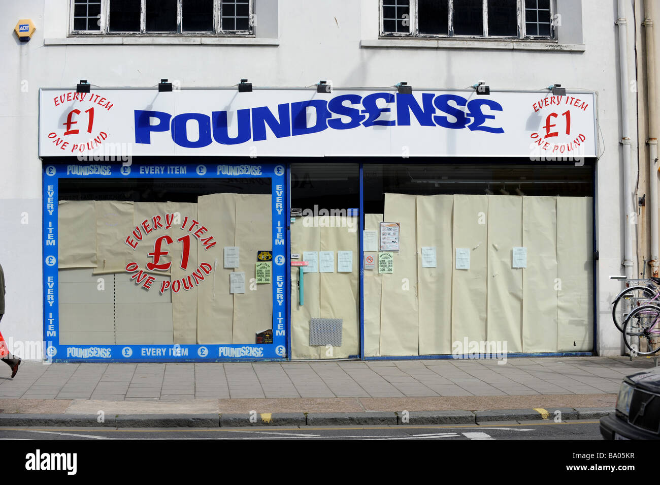 The front of a Poundsense shop in Brighton which despite being cheap has had to close due to the credit crunch - Stock Image