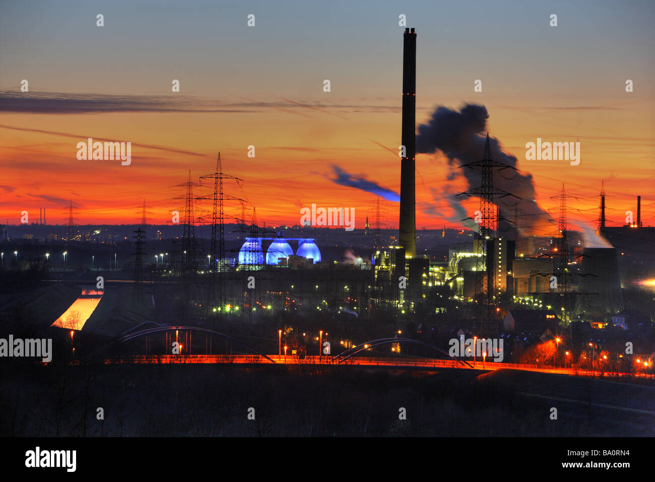 Emscher purification plant Bottrop. Waste incineration plant Essen Karnap of RWE Power AG Essen, Ruhr Area, Germany - Stock Image