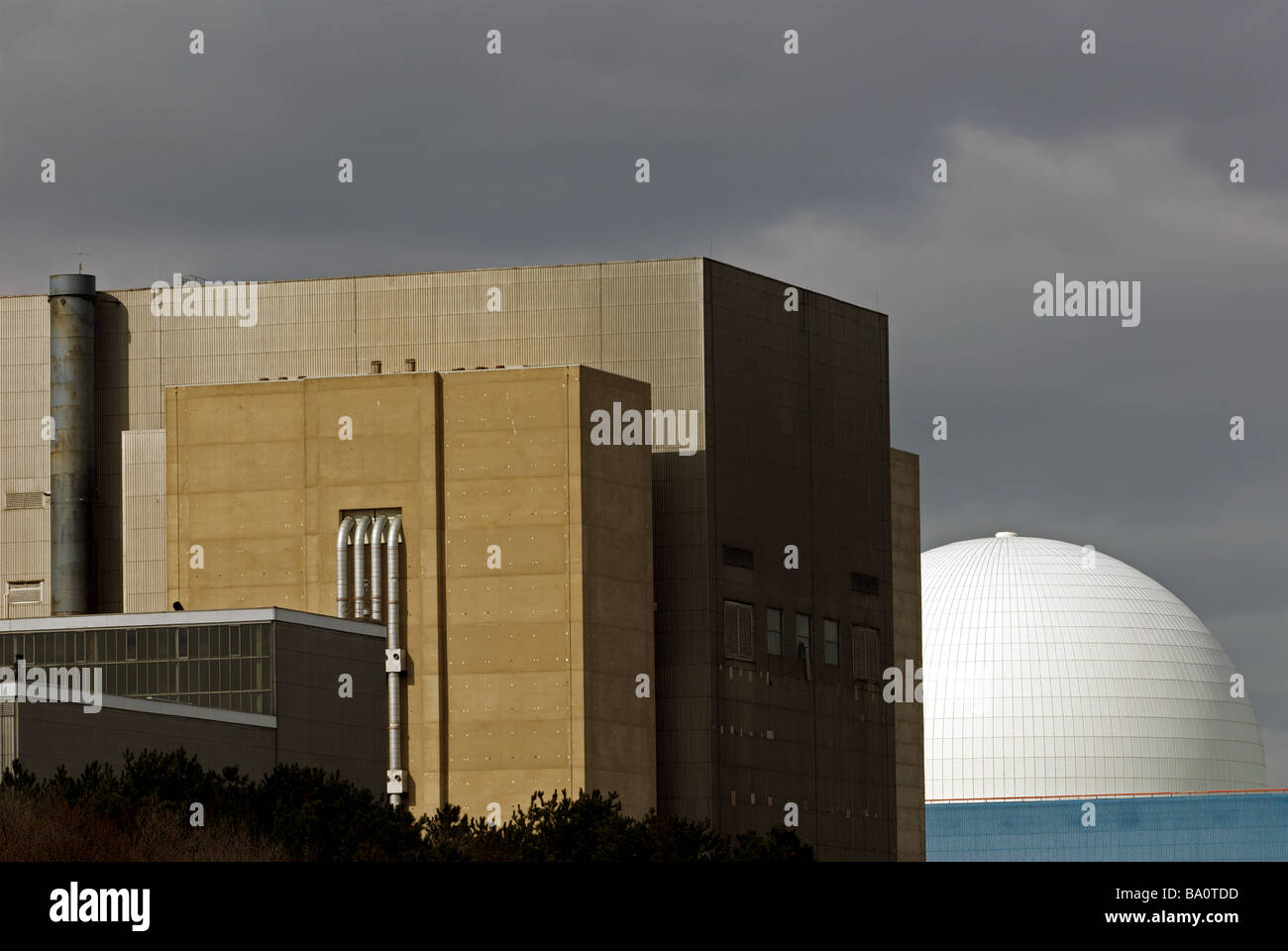Sizewell A and B nuclear power stations, the A station was shut down in 2006 and is undergoing decommissioning. - Stock Image