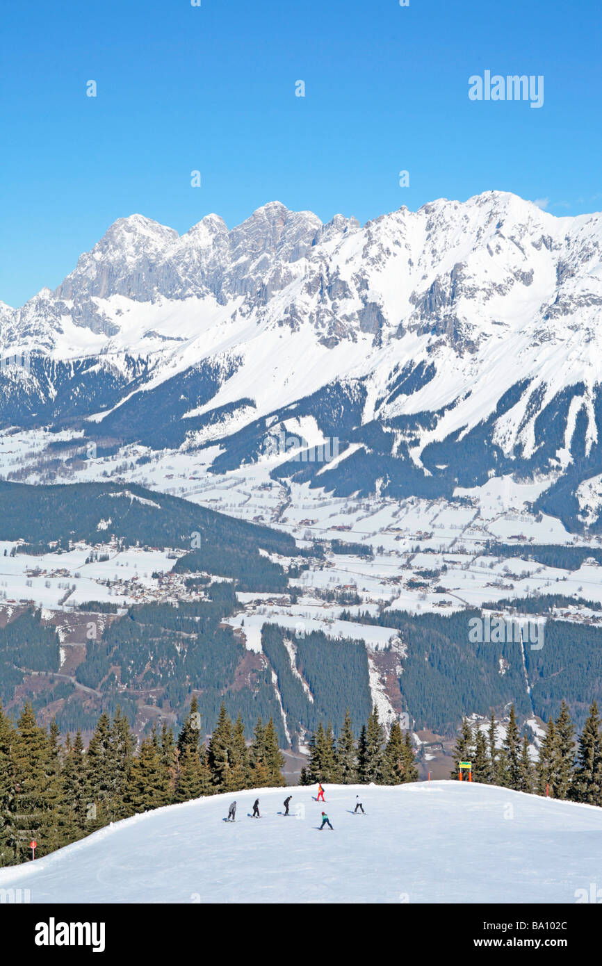Alpine skiing in front of Dachstein Mountain, Styria, Austria - Stock Image