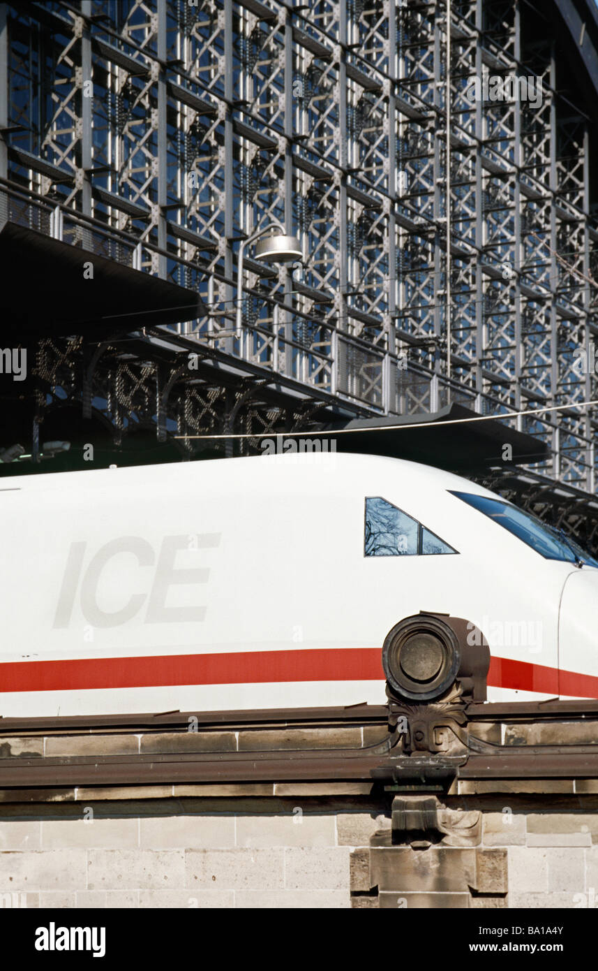 April 2, 2009 - First generation ICE highspeed train leaving Dammtor station in the German city of Hamburg. - Stock Image
