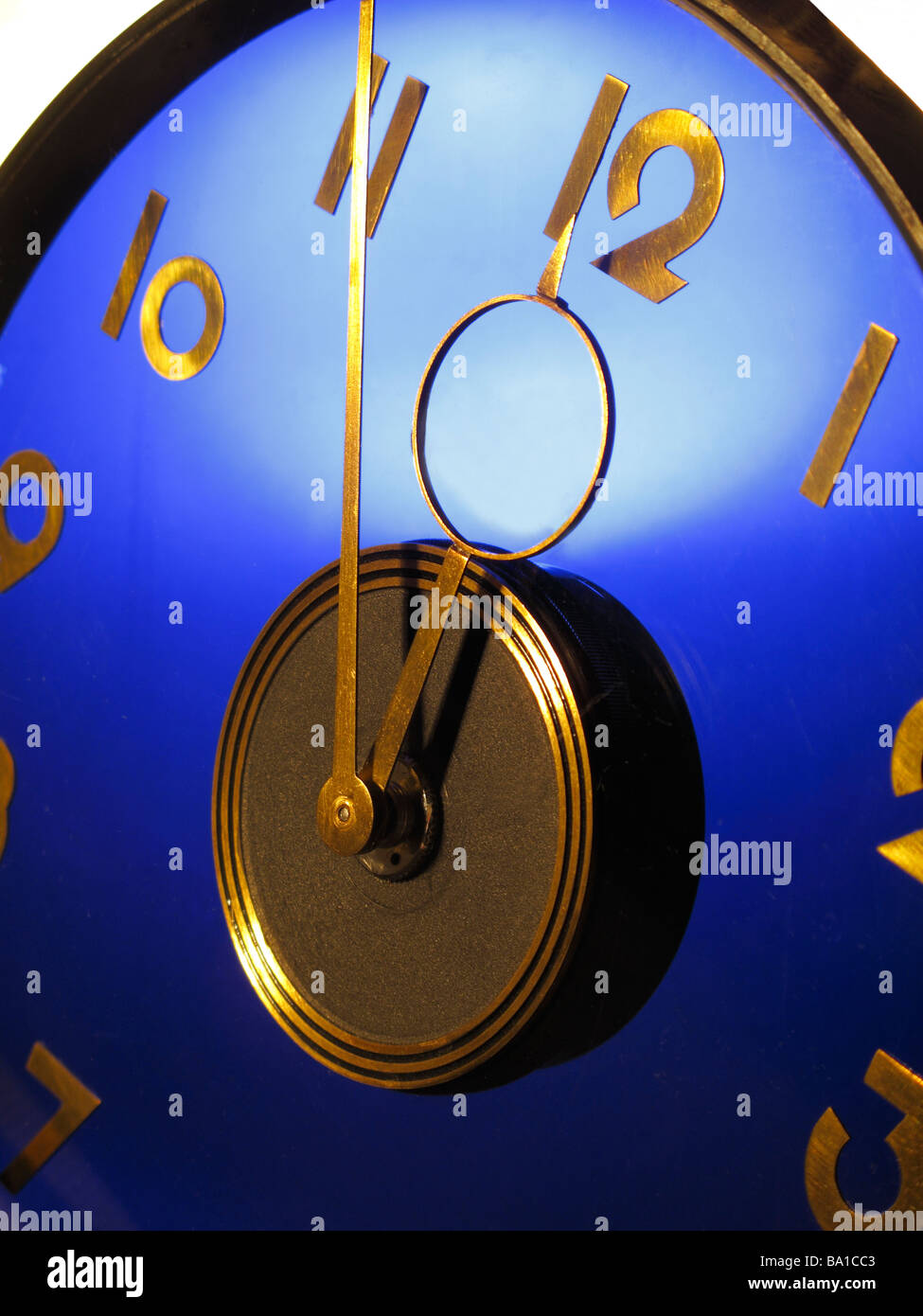 Pointer five manage detail admission one clock twelve symbolism in copied to leg going stock exchang - Stock Image