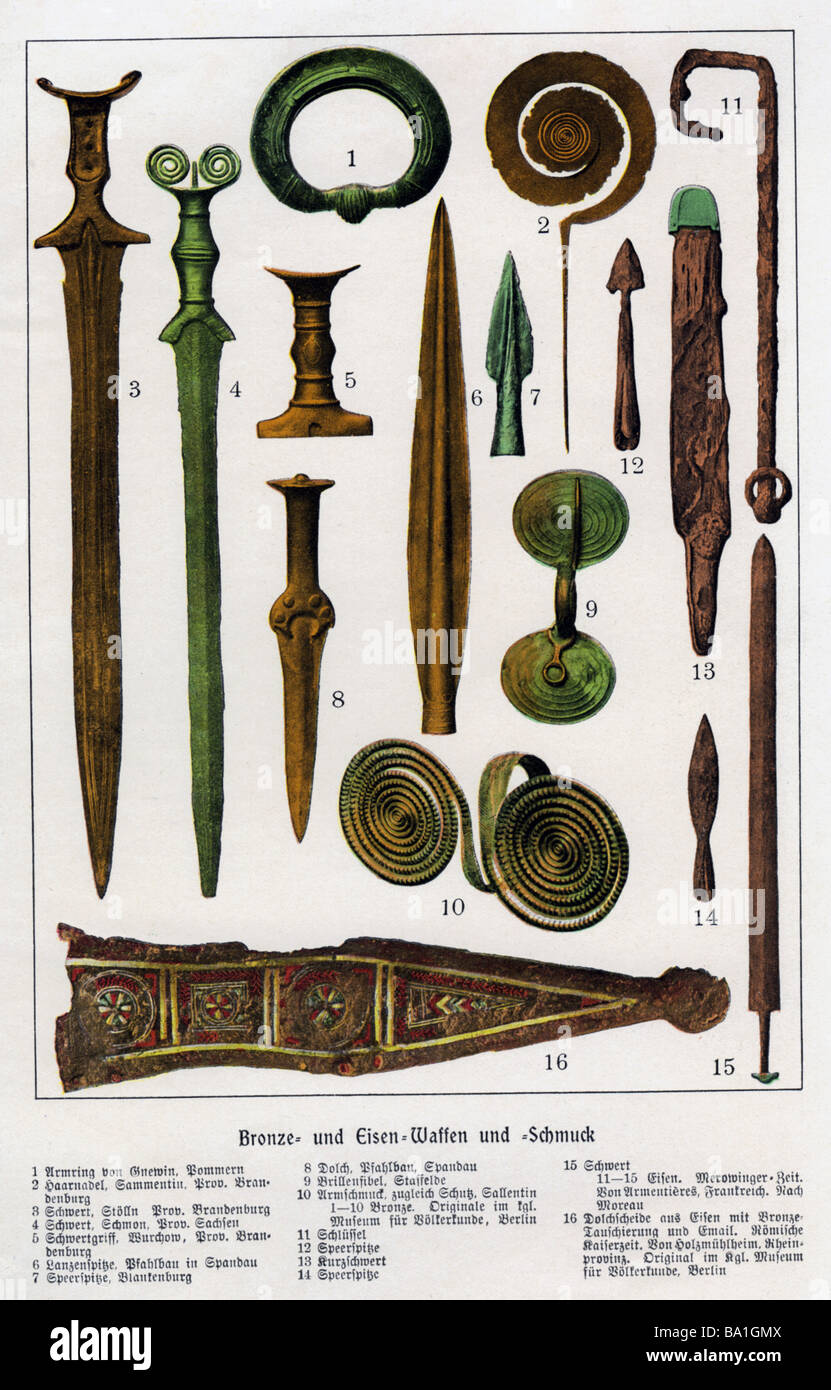 archeology, excavation, ancient artefacts, bronze and iron weapons and jewellery, Germany, circa 1910, Additional - Stock Image