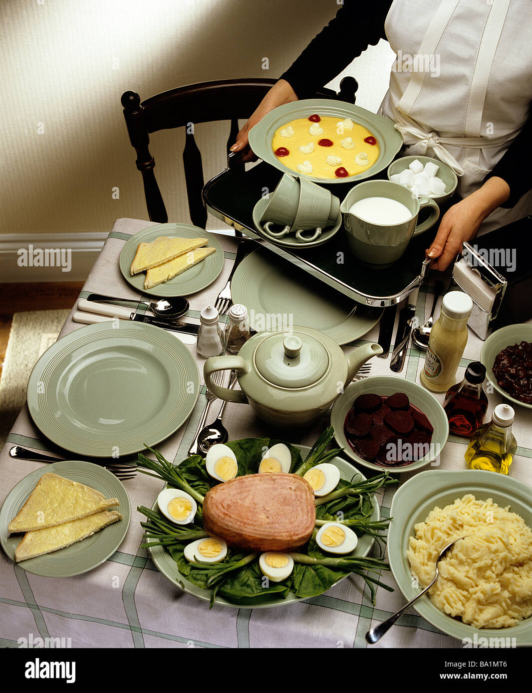 1950's style food serving - Stock Image