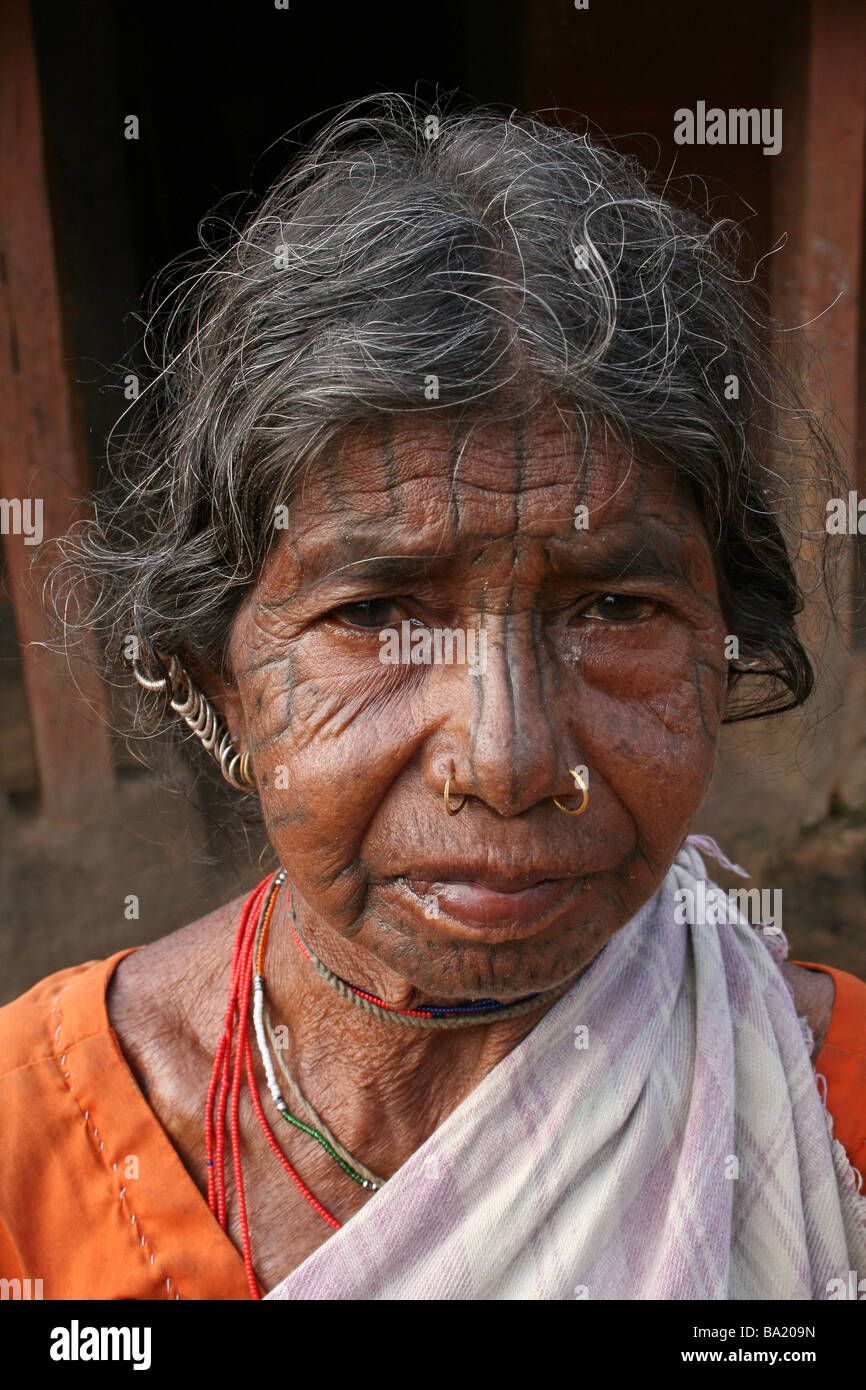 Portrait of Elderly Woman Of The Kutia Kondh Tribe With Facial Tattoos, Orissa, India - Stock Image