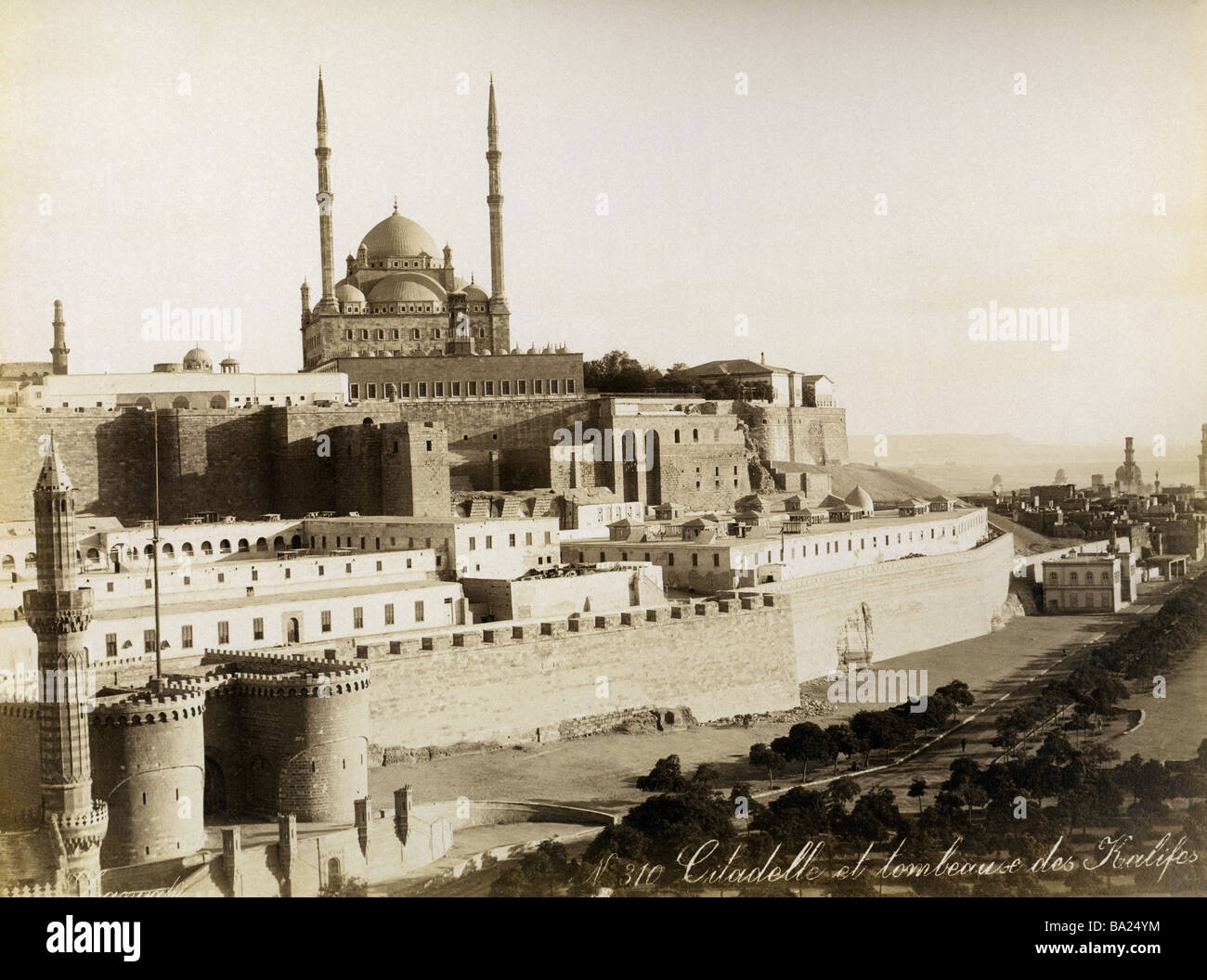 geography / travel, Egypt, Cairo, Citadel with Mosque of Mohamed Ali, Tombs of the Caliphs to the right, photograph - Stock Image