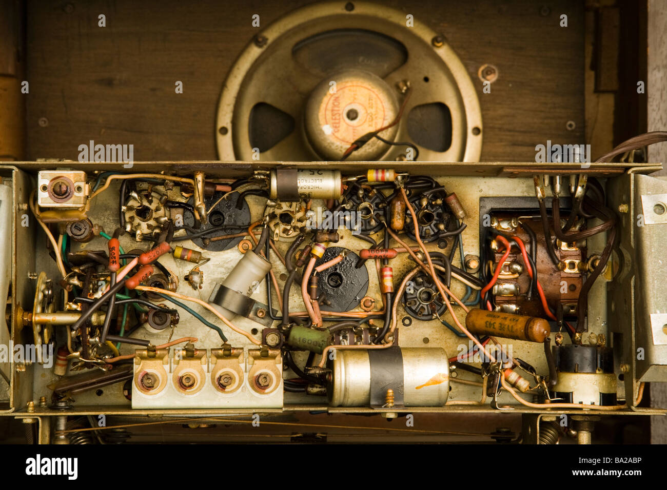 A 1950's valve radio chassis. - Stock Image