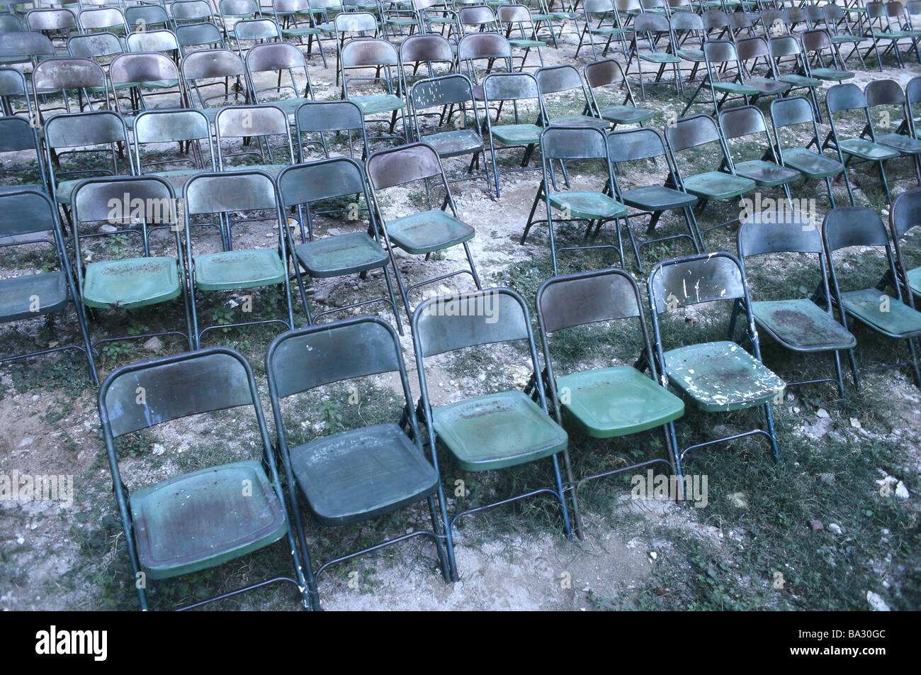 India Madurai Open Air Theaters Chairs Green Old Empty Free Terrains  Location Of The Event Auditorium Bestuhlung Chair Rows