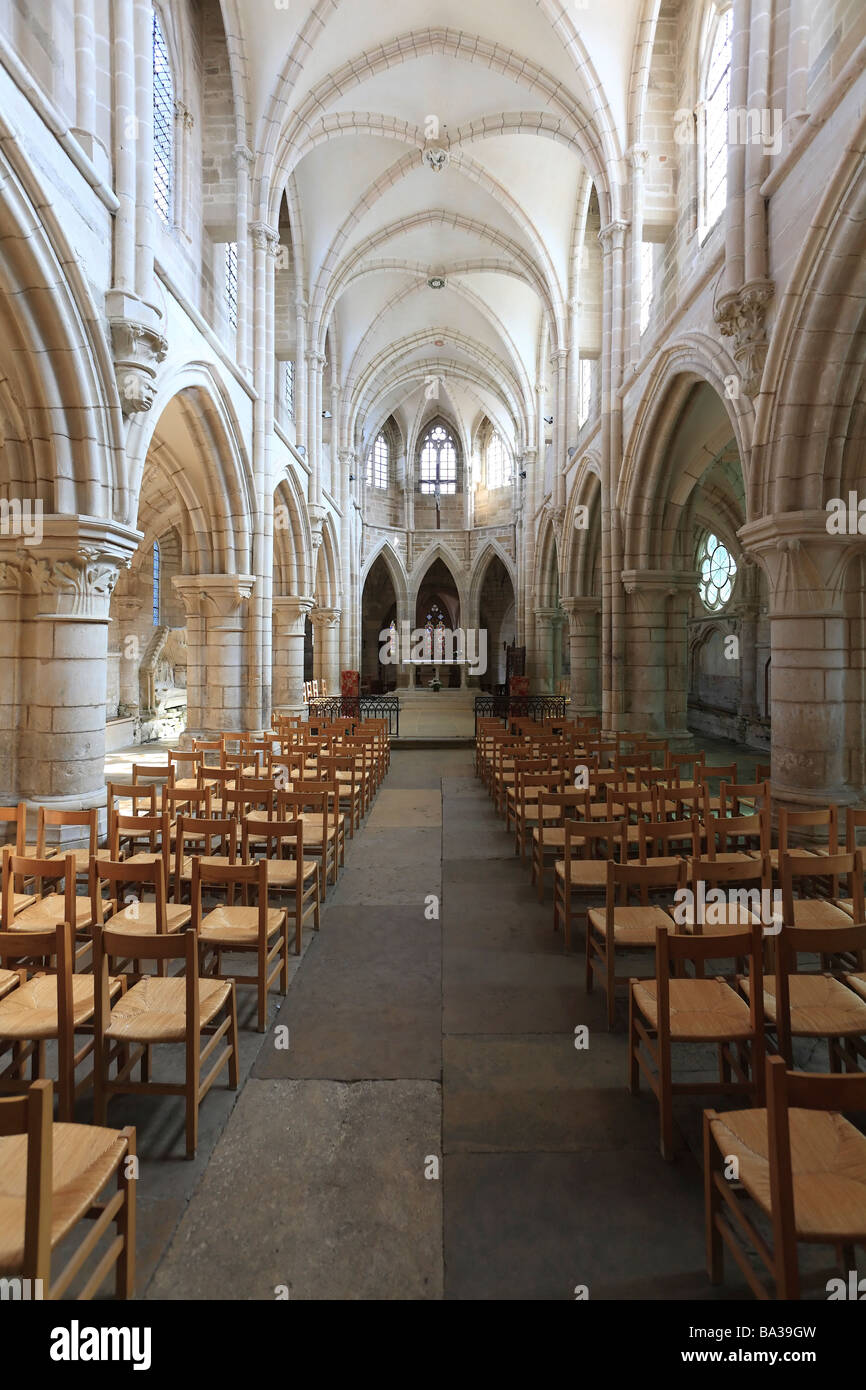 Interior of the Notre-Dame Church at St Pere Sous Vezelay, Burgundy, France. - Stock Image