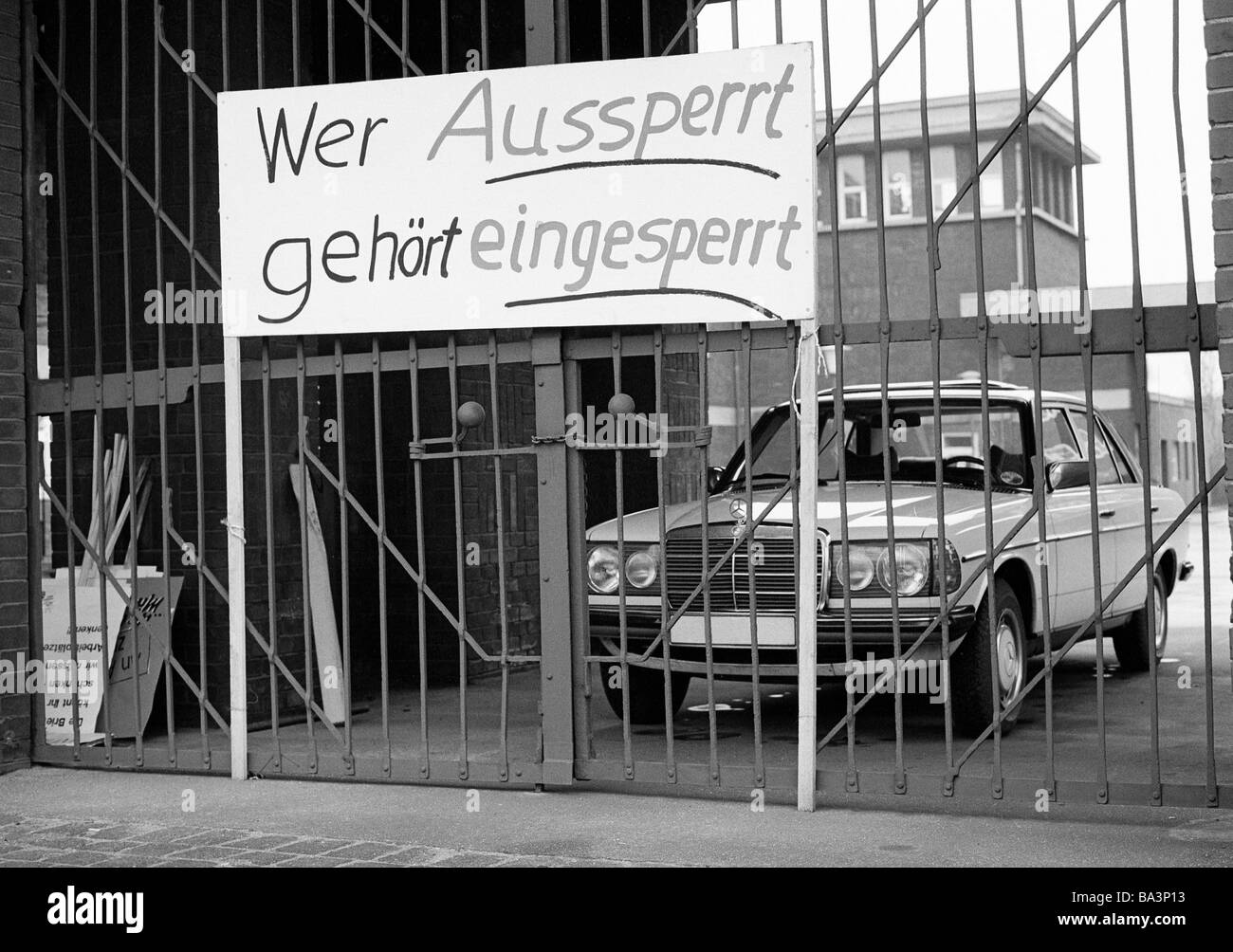 Seventies, black and white photo, economy, steel industry in the Ruhr area, strike on Thyssen in 1978, strike call, - Stock Image