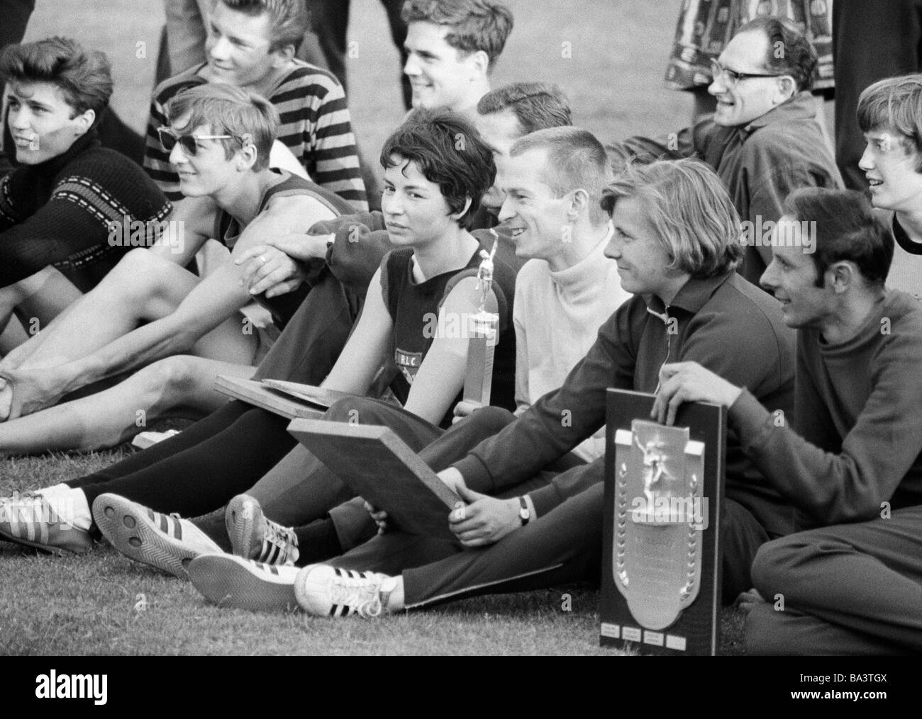 Sixties, black and white photo, sports, athletics, Competition in Athletics 1966 of the Vest Recklinghausen in the - Stock Image