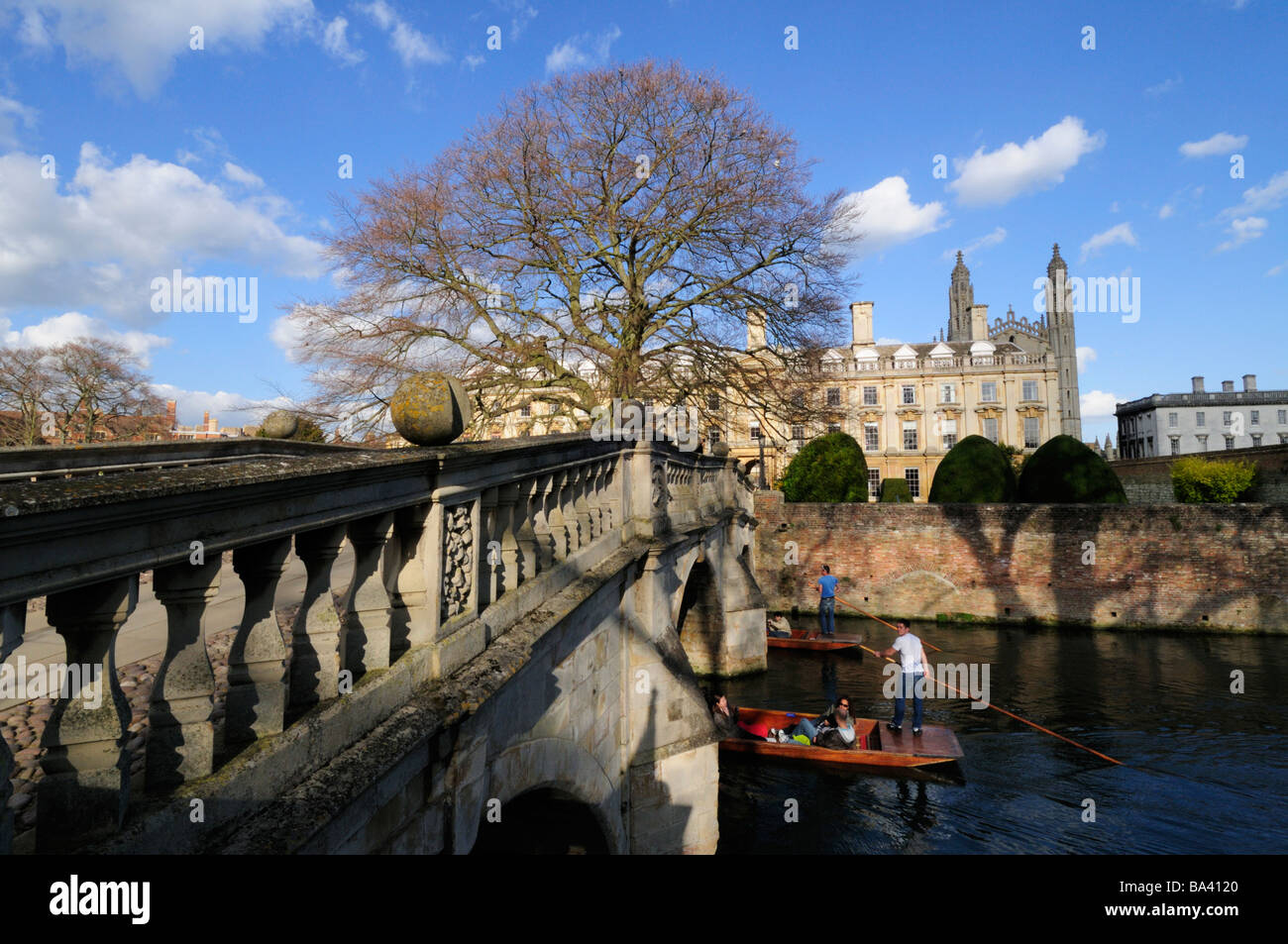 Punting at Clare Bridge, Cambridge England UK - Stock Image