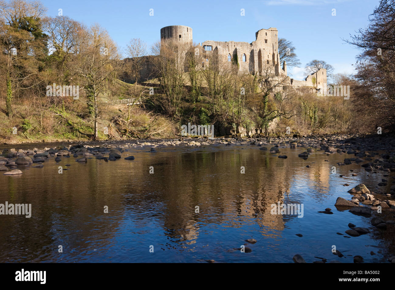 Barnard Castle Teesdale County Durham England UK Castle ruins reflected in River Tees - Stock Image