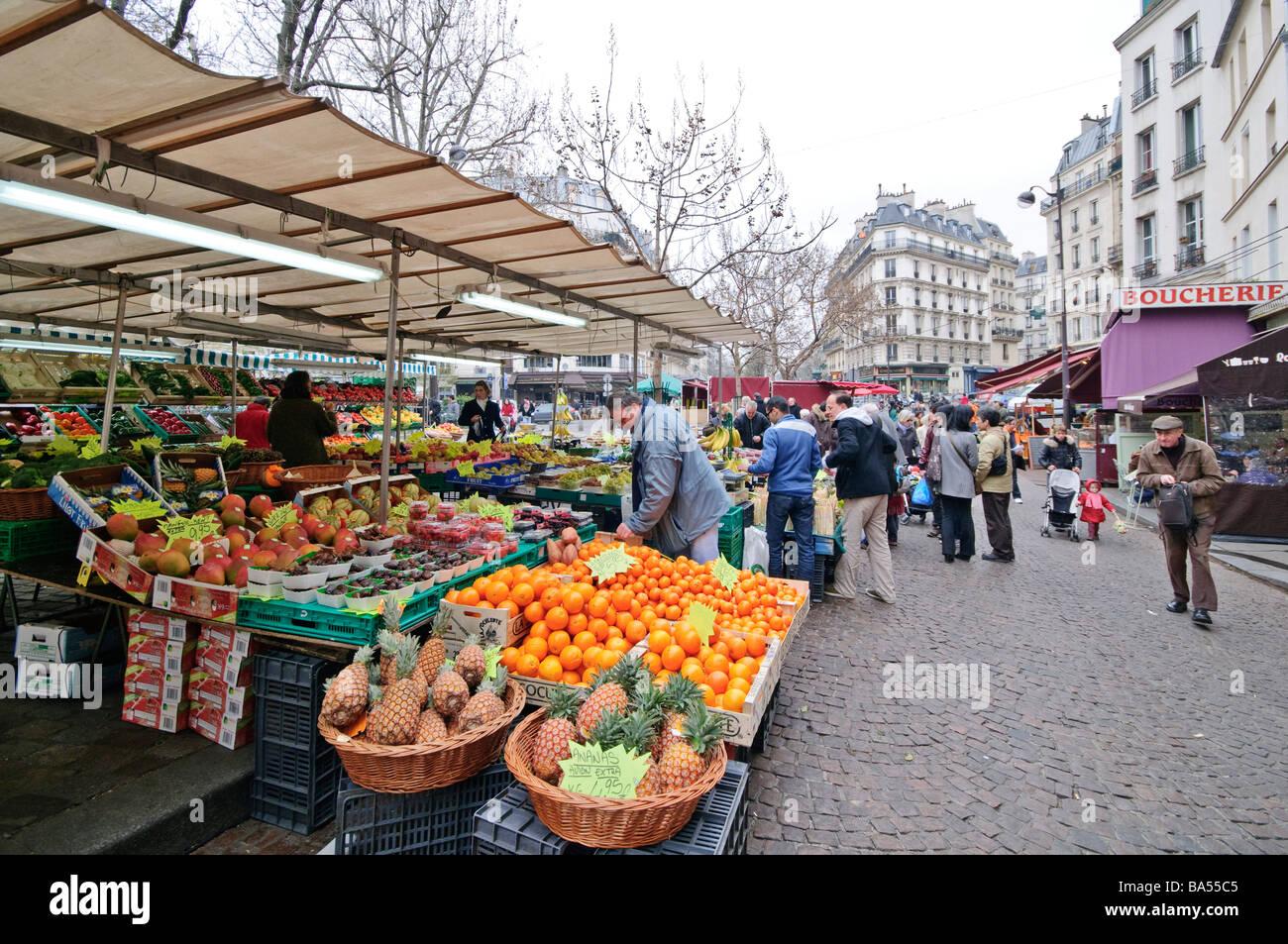 PARIS, France - Fresh produce market on Mouffetard. - Stock Image