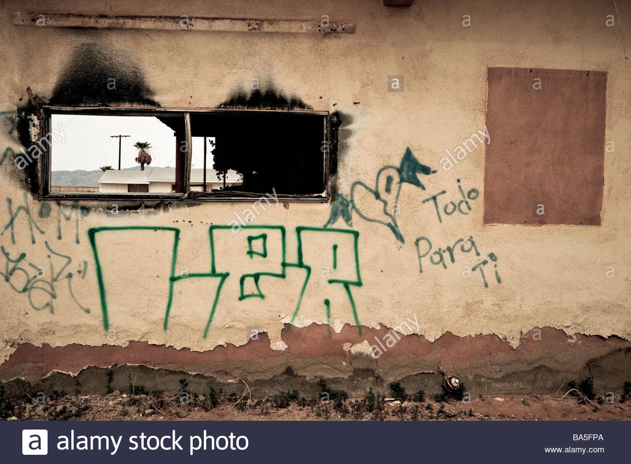 Home Destroyed by Salton Sea Flooding Bombay Beach California - Stock Image