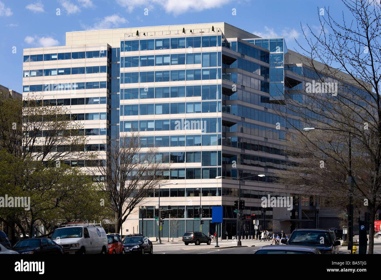 IMF International Monetary Fund Headquarters 2 office on Pennsylvania Avenue & 19 ST Washington DC US USA - Stock Image