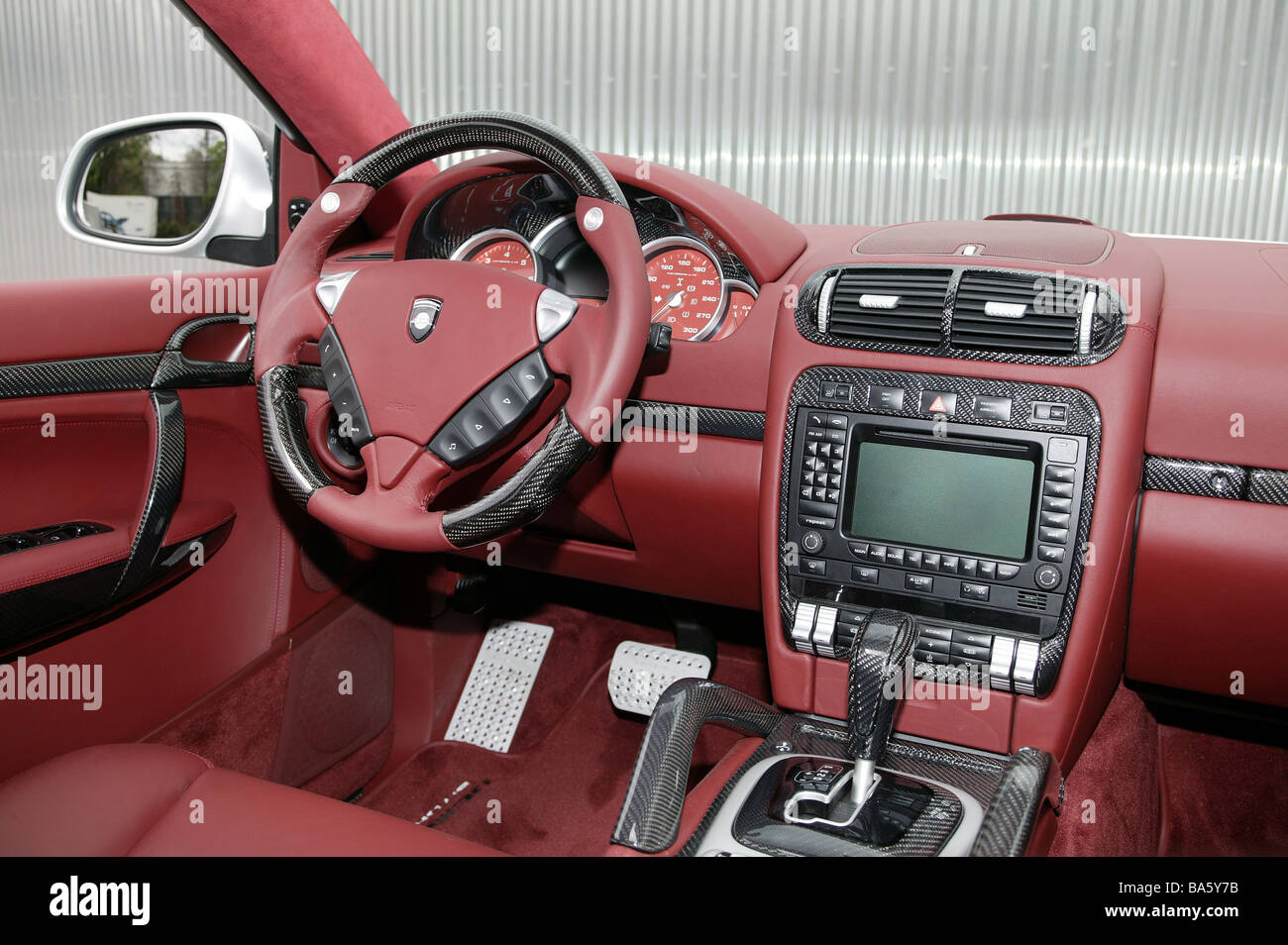 car porsche gemballa cayenne cockpit dashboard no property. Black Bedroom Furniture Sets. Home Design Ideas