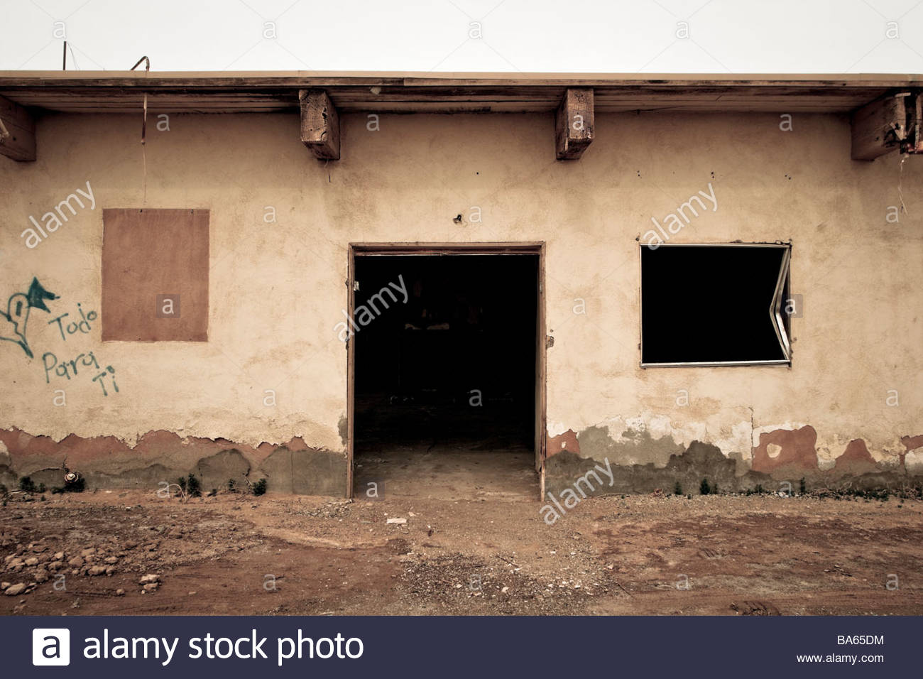 Neglected Home After Being Destroyed by Salton Sea Flooding Bombay Beach California - Stock Image