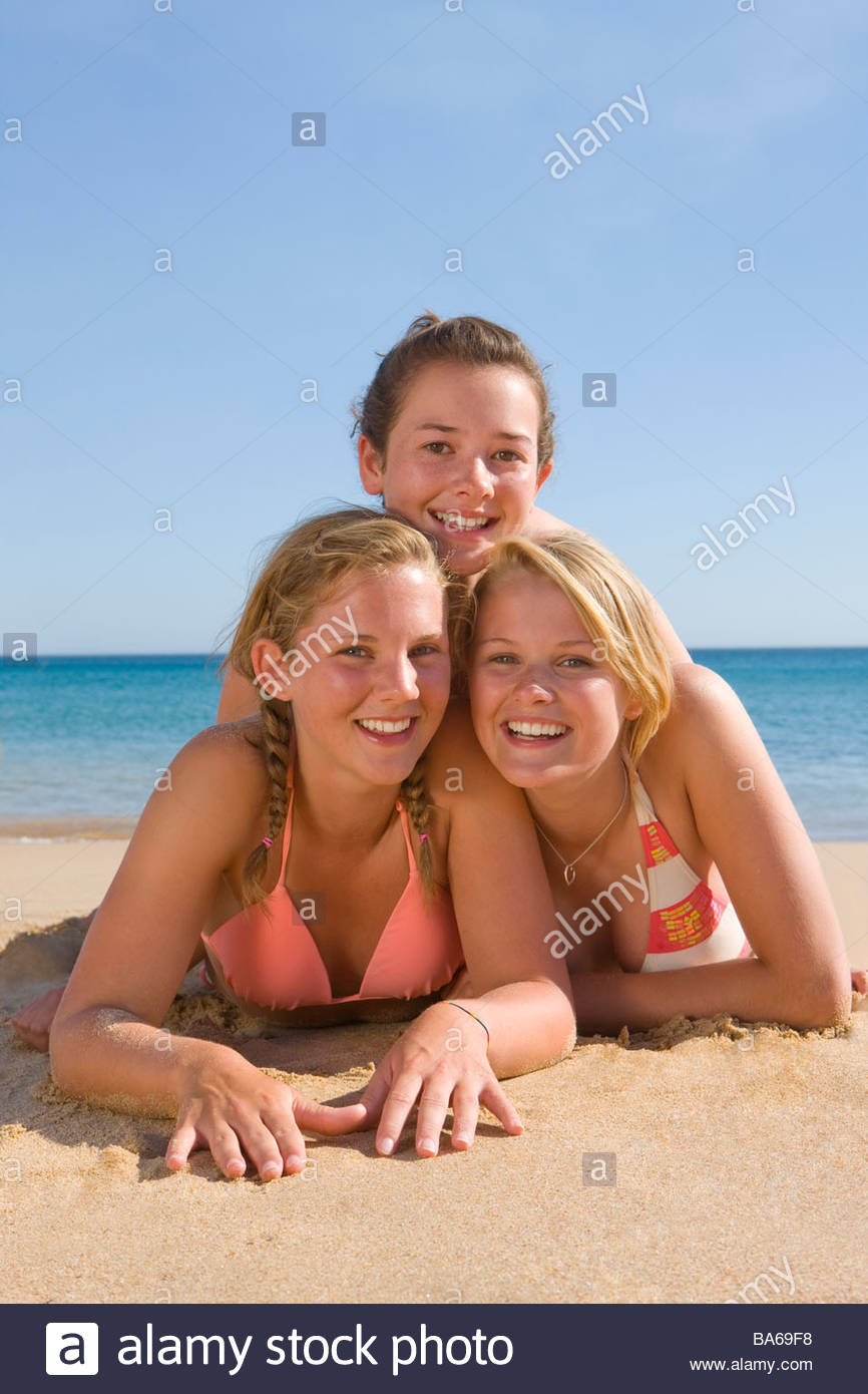 Congratulate, seems young teens camel toe on beach