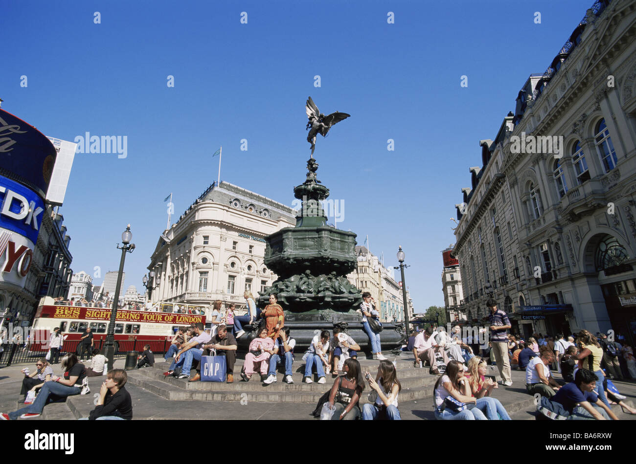 Great Britain England London Piccadilly Circus Eros-statue steps tourists no models place houses buildings monument - Stock Image