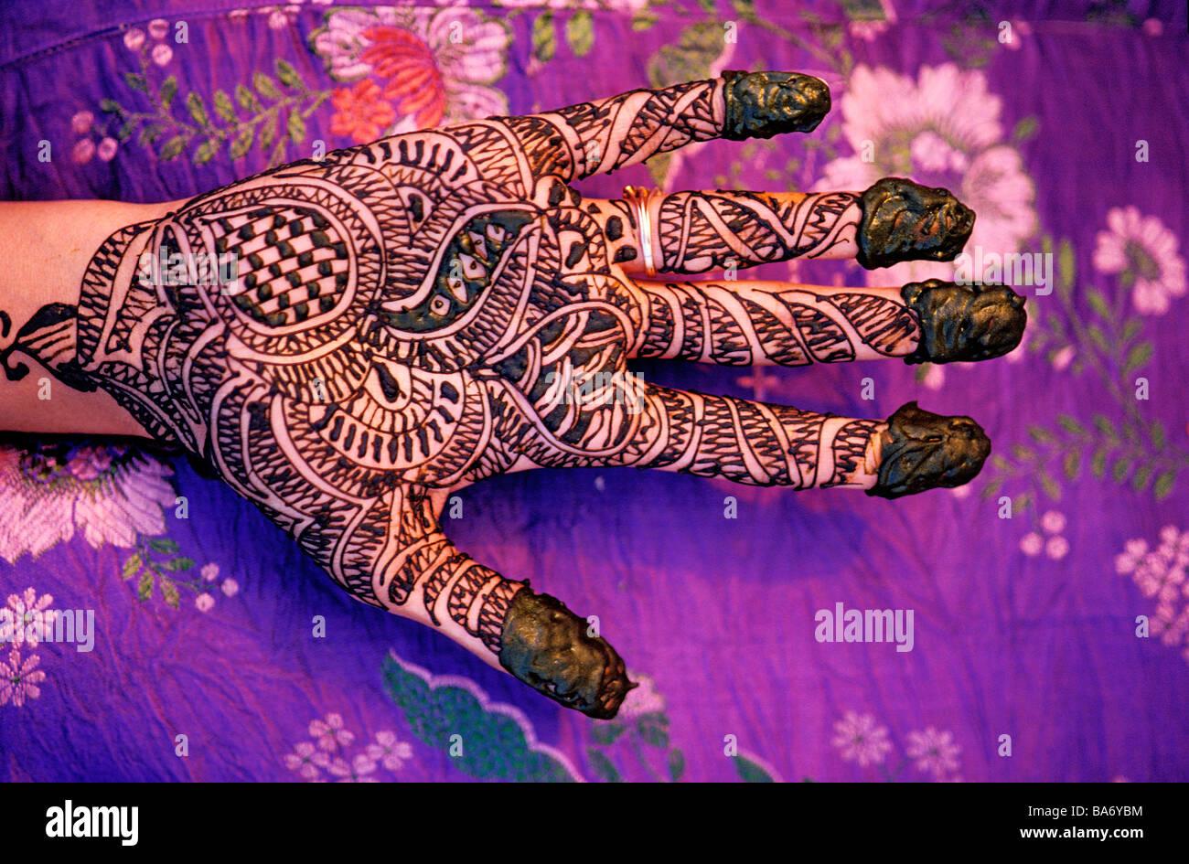 Henna Hand Stock Photos Henna Hand Stock Images Alamy