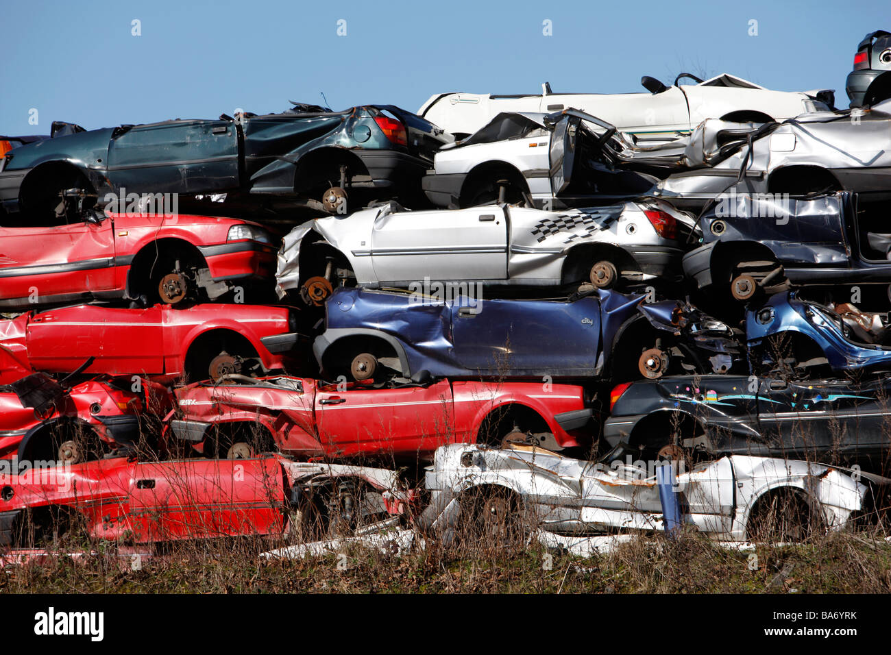 Wrecking yard, old used cars, Bottrop, Germany Stock Photo: 23510471 ...