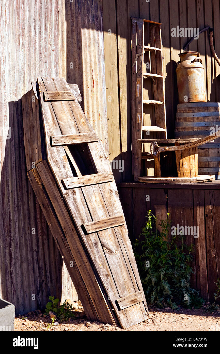 Image of an old wooden casket standing up against the outside of a building in Old Tucson Arizona - Stock Image