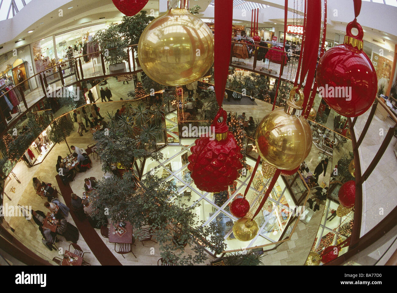 Shopping Center Christmas Decoration People Wide Angle Businesses