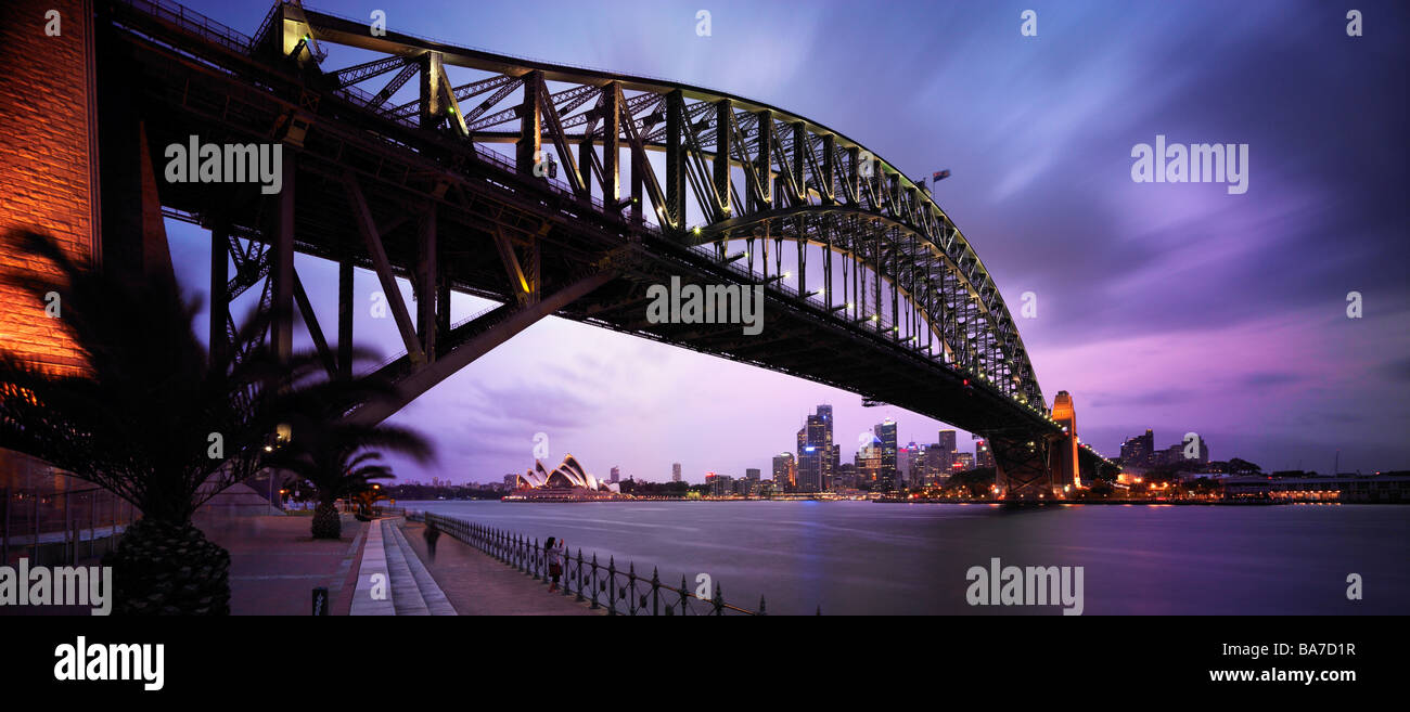 Sydney Harbour Bridge and opera House at night - Stock Image
