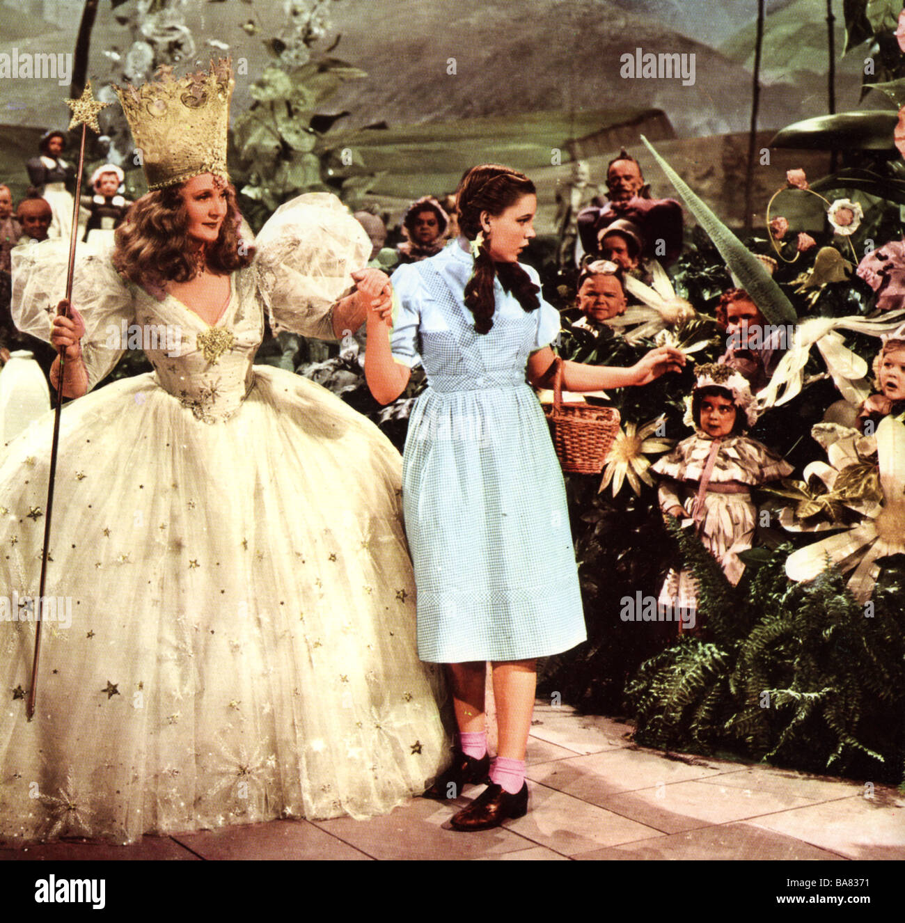 The Wizard Of Oz 1939 Mgm Film With Judy Garland As Dorothy And Stock Photo Alamy