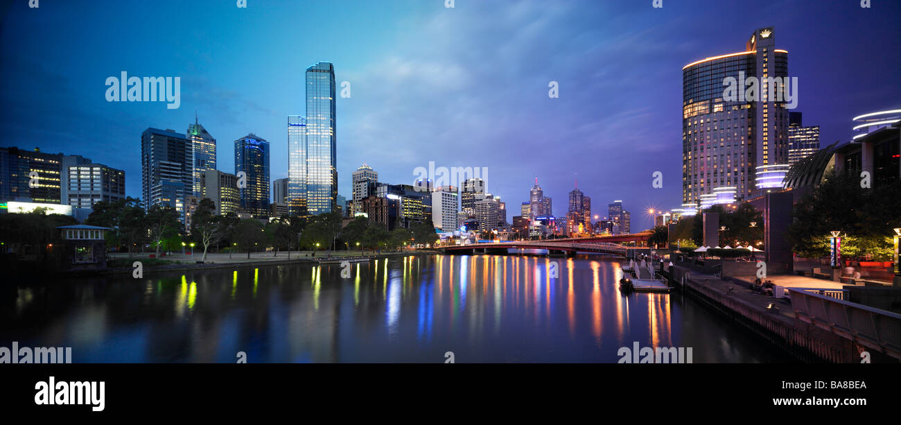 Melbourne city at night - Stock Image