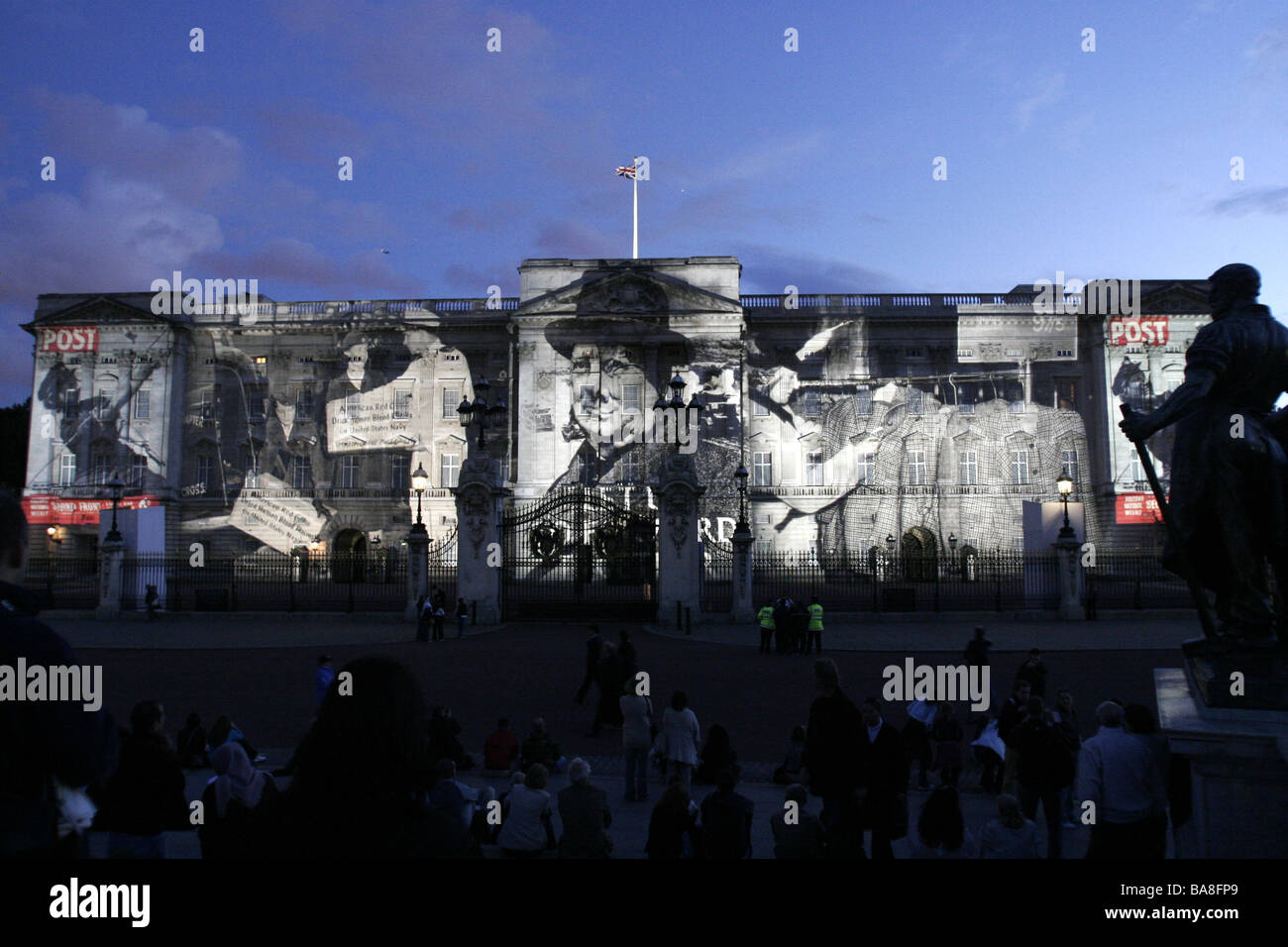 Images of British magazine Picture Postl are cast on Buckingham Palace in London. Photo by Akira Suemori - Stock Image