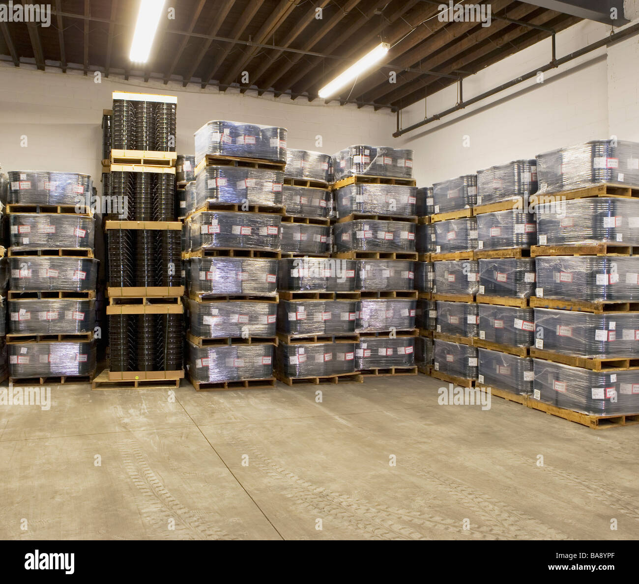 Pile Of Pallets Stock Photos & Pile Of Pallets Stock