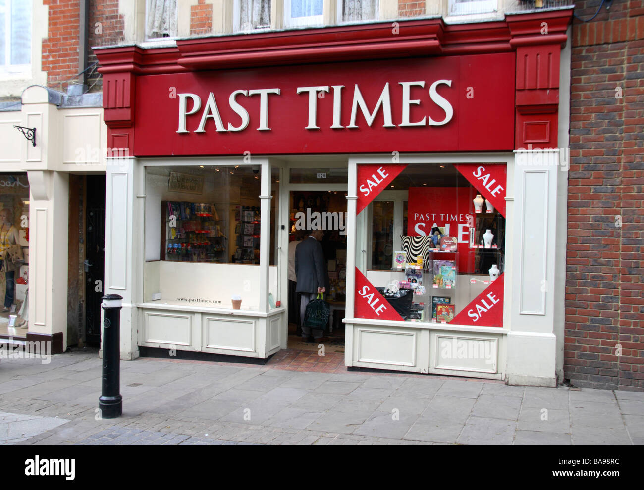 The shop front of the Past Times gift shop, Windsor, Berkshire, UK. - Stock Image