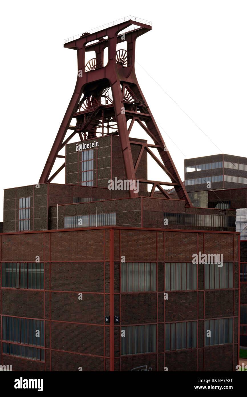 building and winding tower of shaft 12 at UNESCO world heritage site Zollverein Coal Mine Industrial Complex, Essen - Stock Image