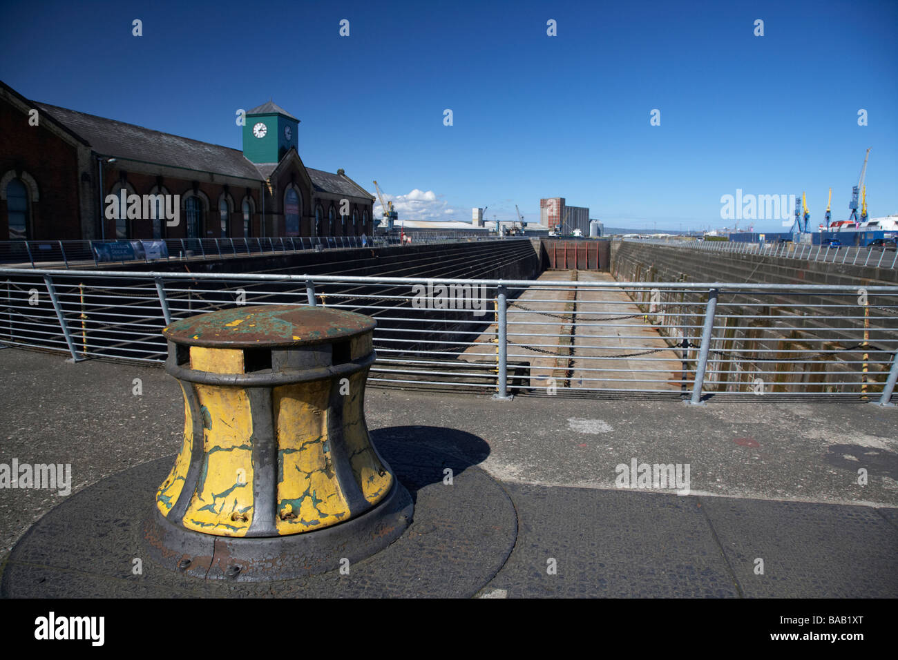 capstan at the former thompsons dry graving dock and pump house where the titanic was built in titanic quarter queens - Stock Image