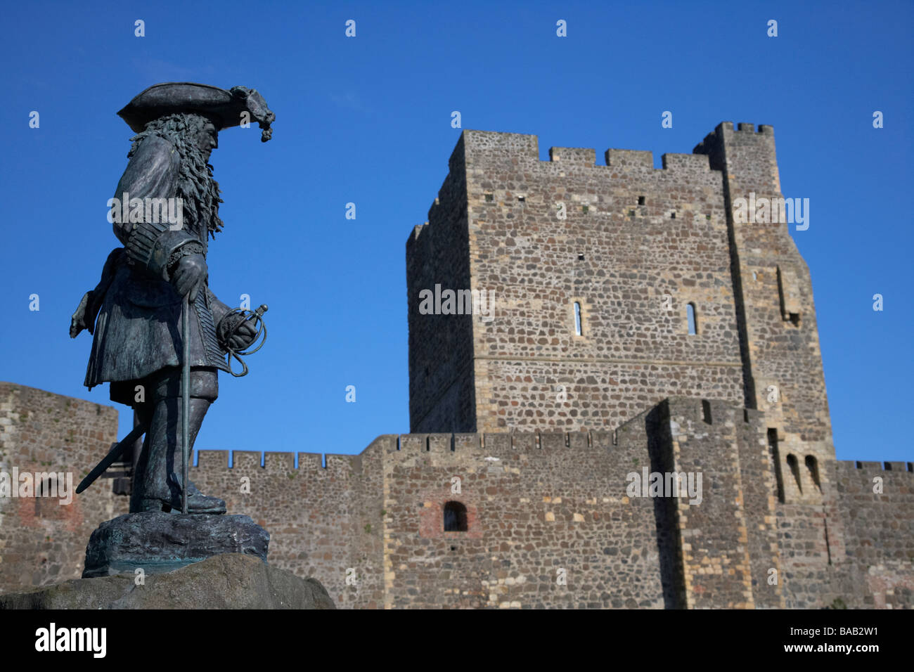 King William of Orange statue at Carrickfergus castle commemorates the landing in Ireland by King William III at - Stock Image
